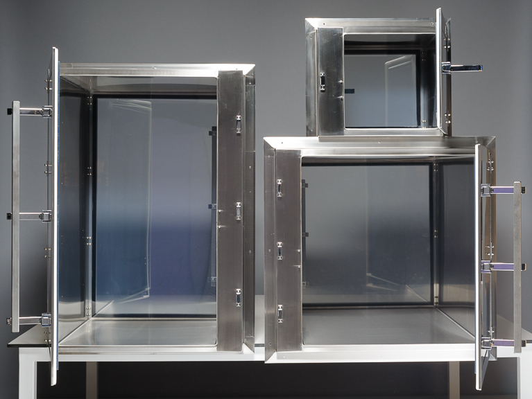 Cleanroom Synergy Products stainless-steel-pass-through